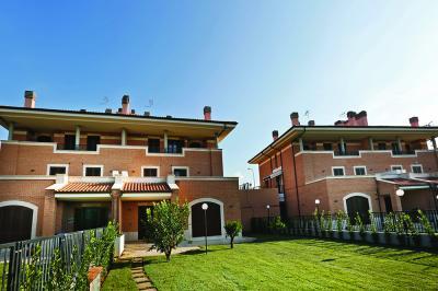 Villa quadrifamiliare in Vendita a Roma