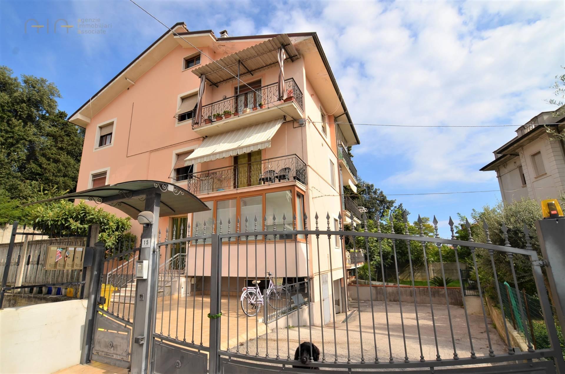 Appartamento in vendita a San Benedetto del Tronto, 5 locali, prezzo € 230.000 | PortaleAgenzieImmobiliari.it