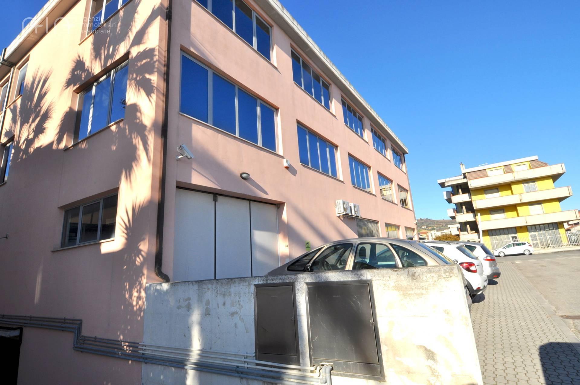 Box / Garage in vendita a San Benedetto del Tronto, 2 locali, zona Località: PortoDascoliresidenziale(aldisopradellass16, prezzo € 55.000 | CambioCasa.it