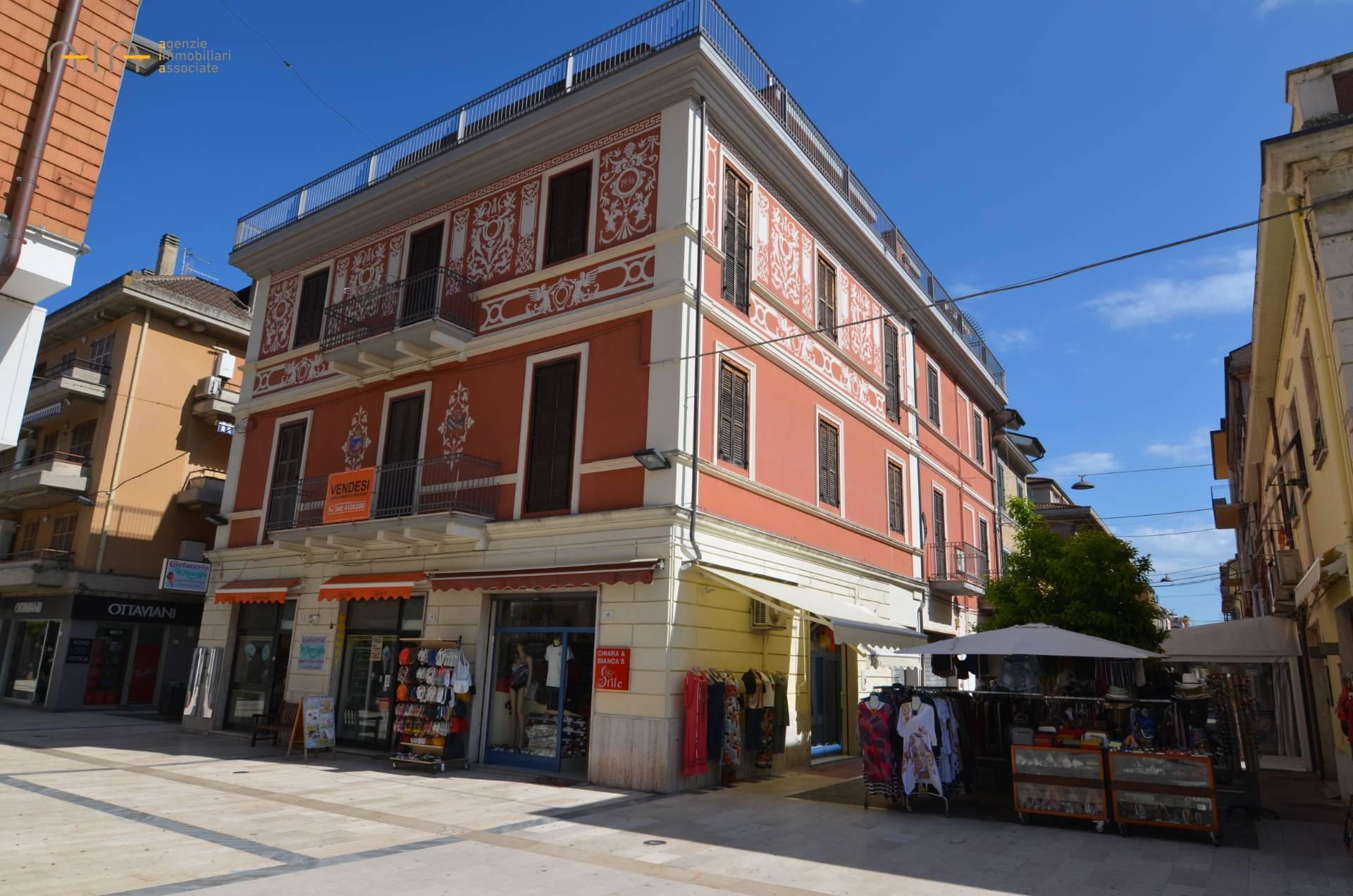 Appartamento in vendita a Grottammare, 3 locali, zona Località: Centrale(traLass16eferrovia,finoalfiumeTesino, prezzo € 180.000 | CambioCasa.it