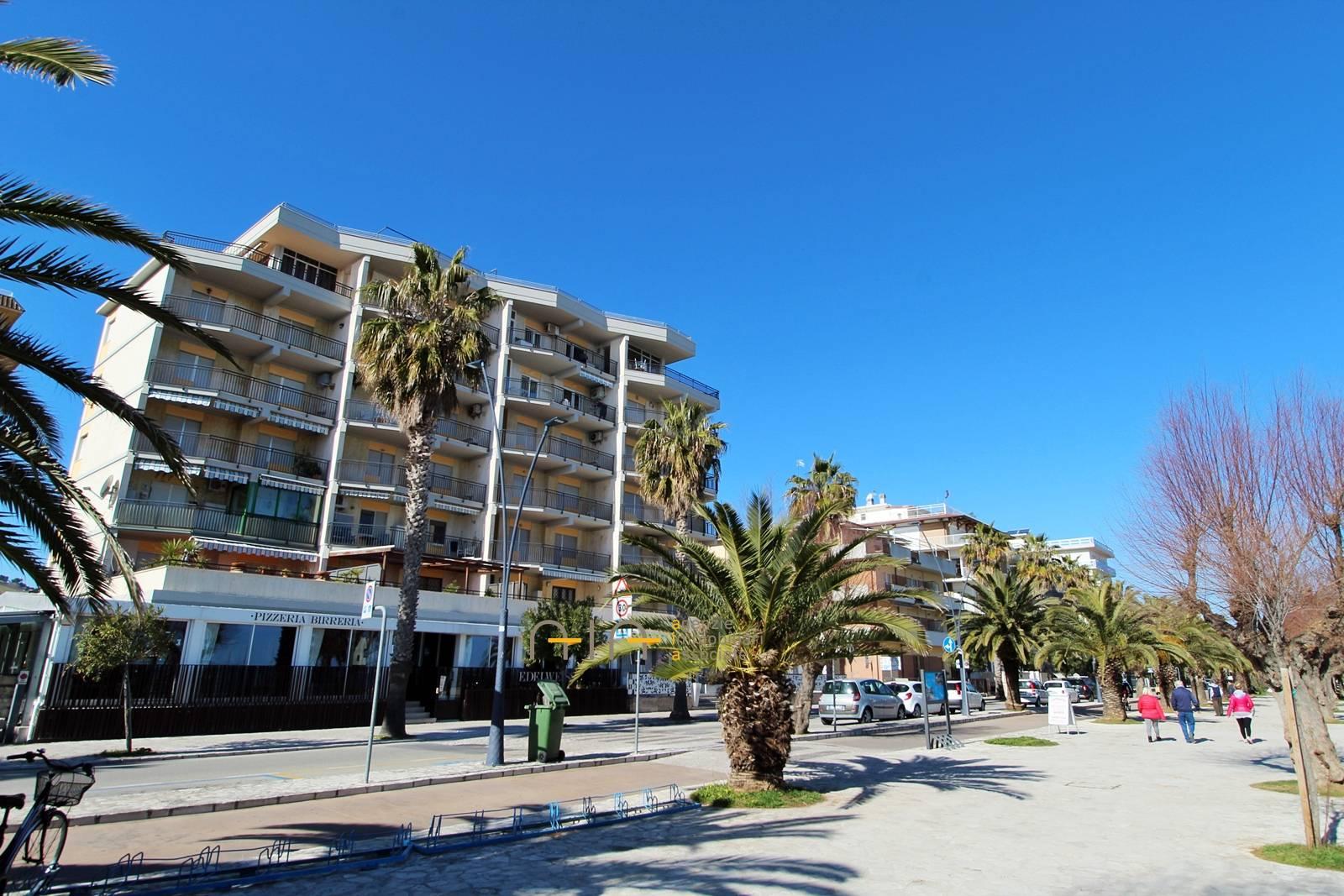 Appartamento in vendita a San Benedetto del Tronto, 4 locali, zona Località: PortoDascolilungomare(zonatraspiaggiaeferrovia, Trattative riservate   PortaleAgenzieImmobiliari.it