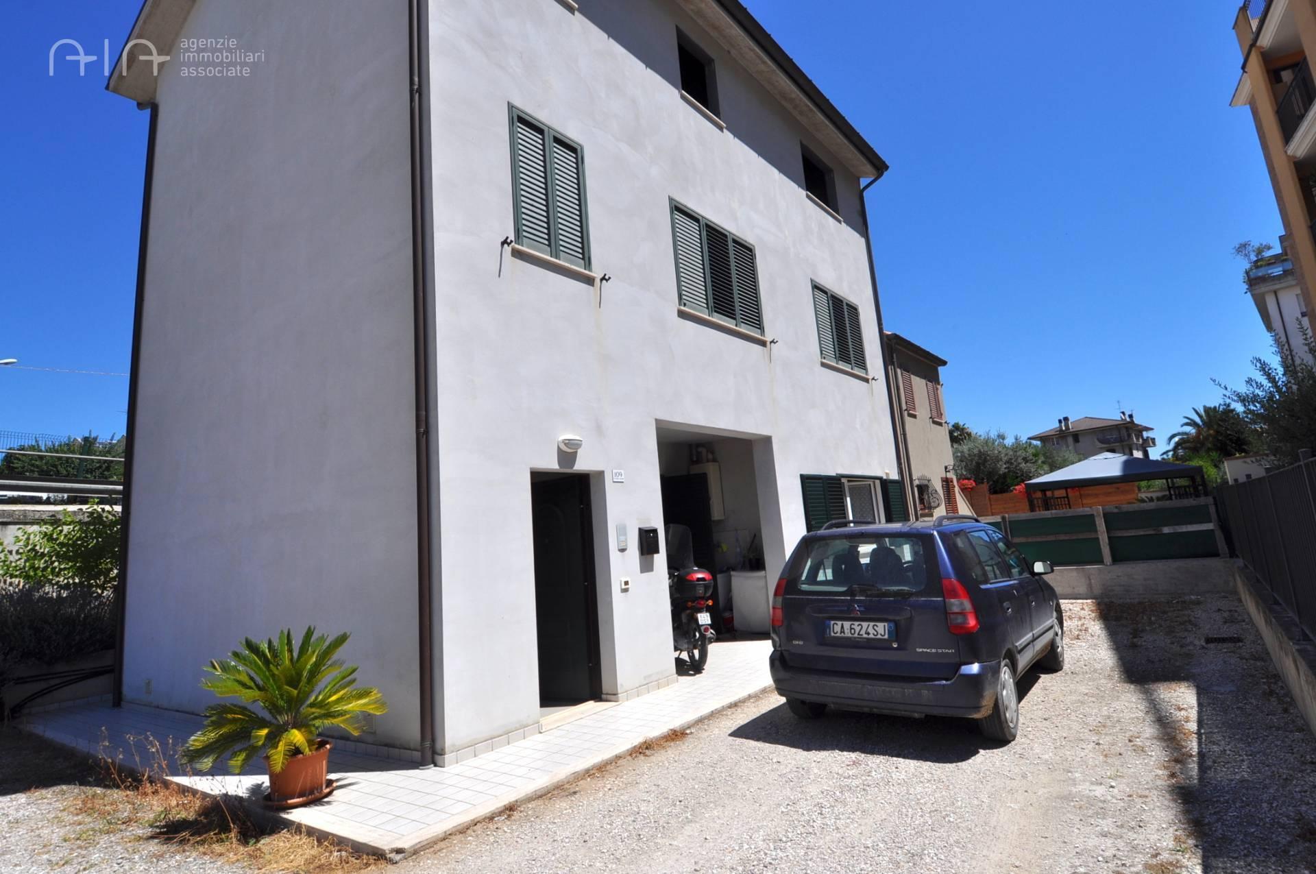 Appartamento in vendita a Grottammare, 4 locali, zona Località: ValTesino(dallimboccofinoaRipatransone, prezzo € 110.000 | PortaleAgenzieImmobiliari.it