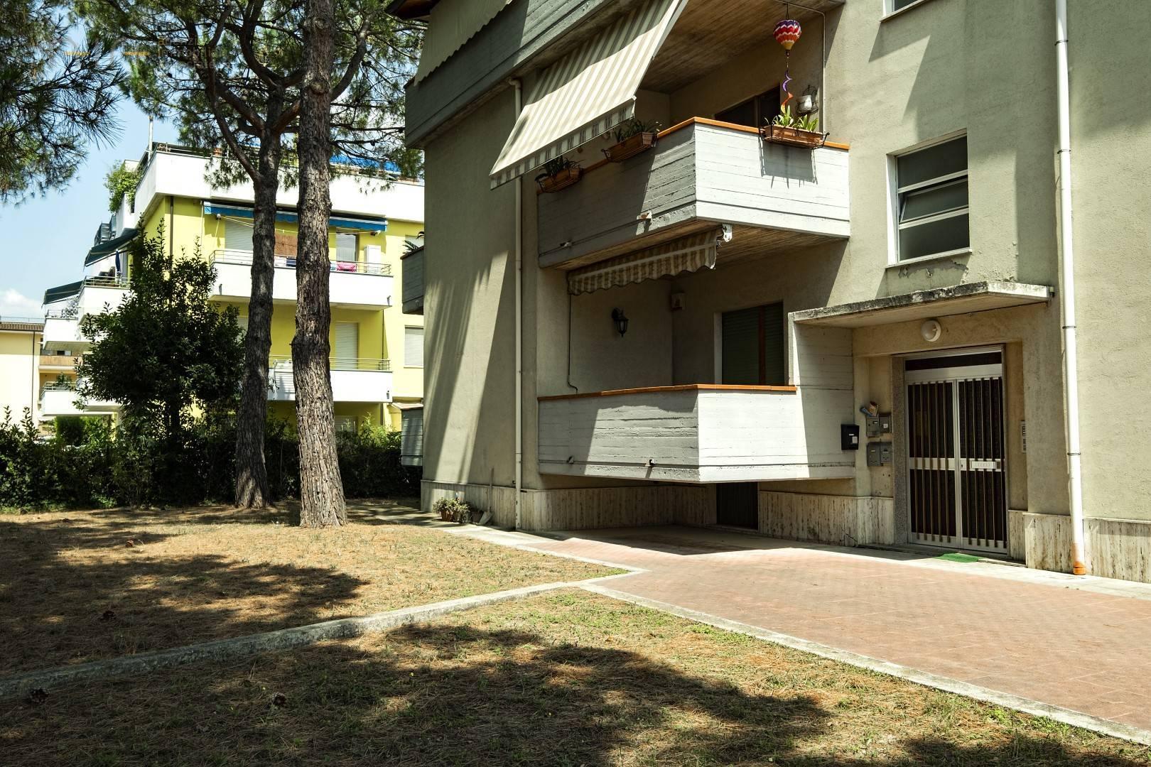 Appartamento in vendita a Spinetoli, 5 locali, zona Località: SanPioX, prezzo € 85.000   CambioCasa.it