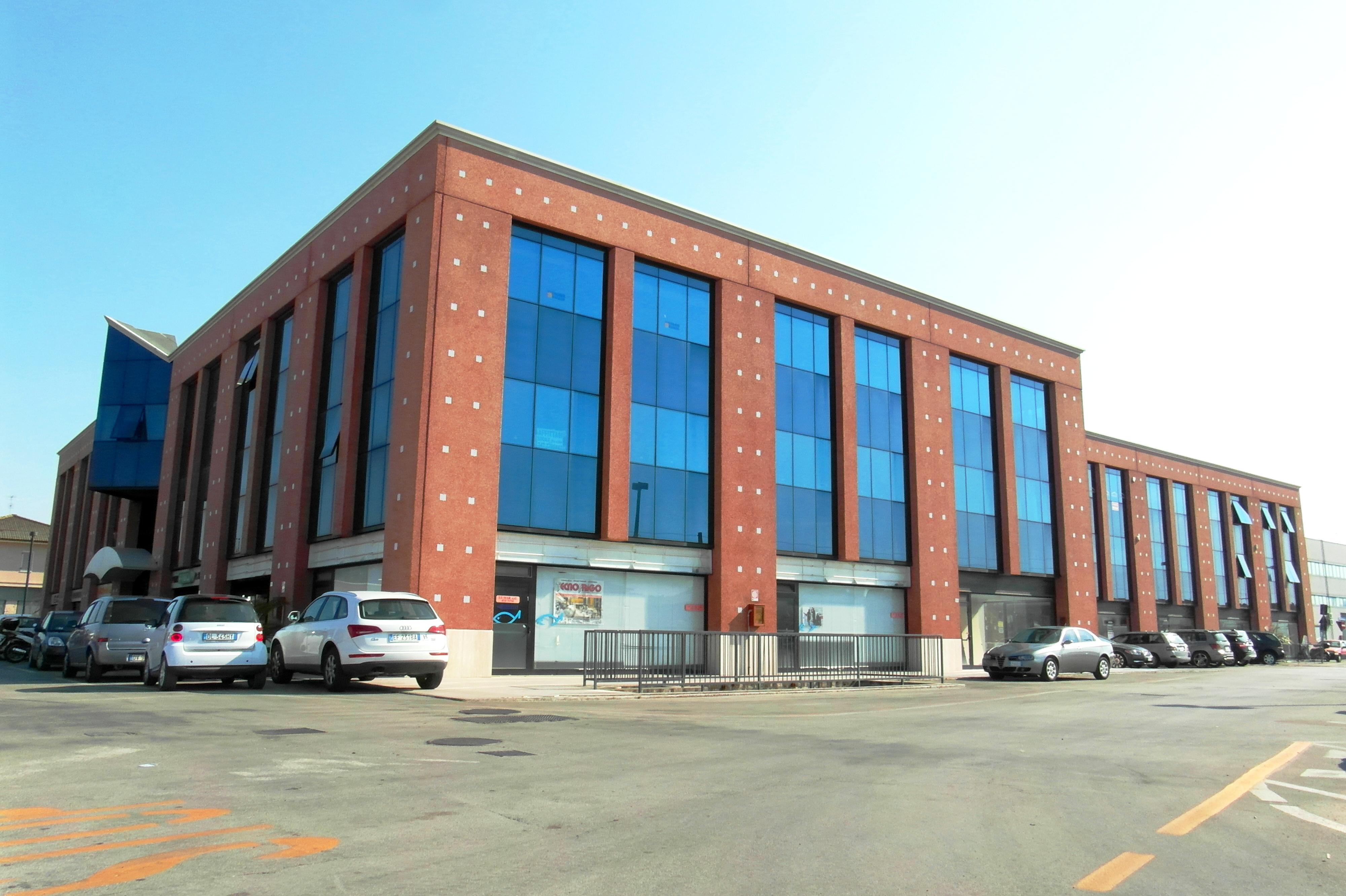 Fondo commerciale in vendita a San Benedetto Del Tronto (AP)