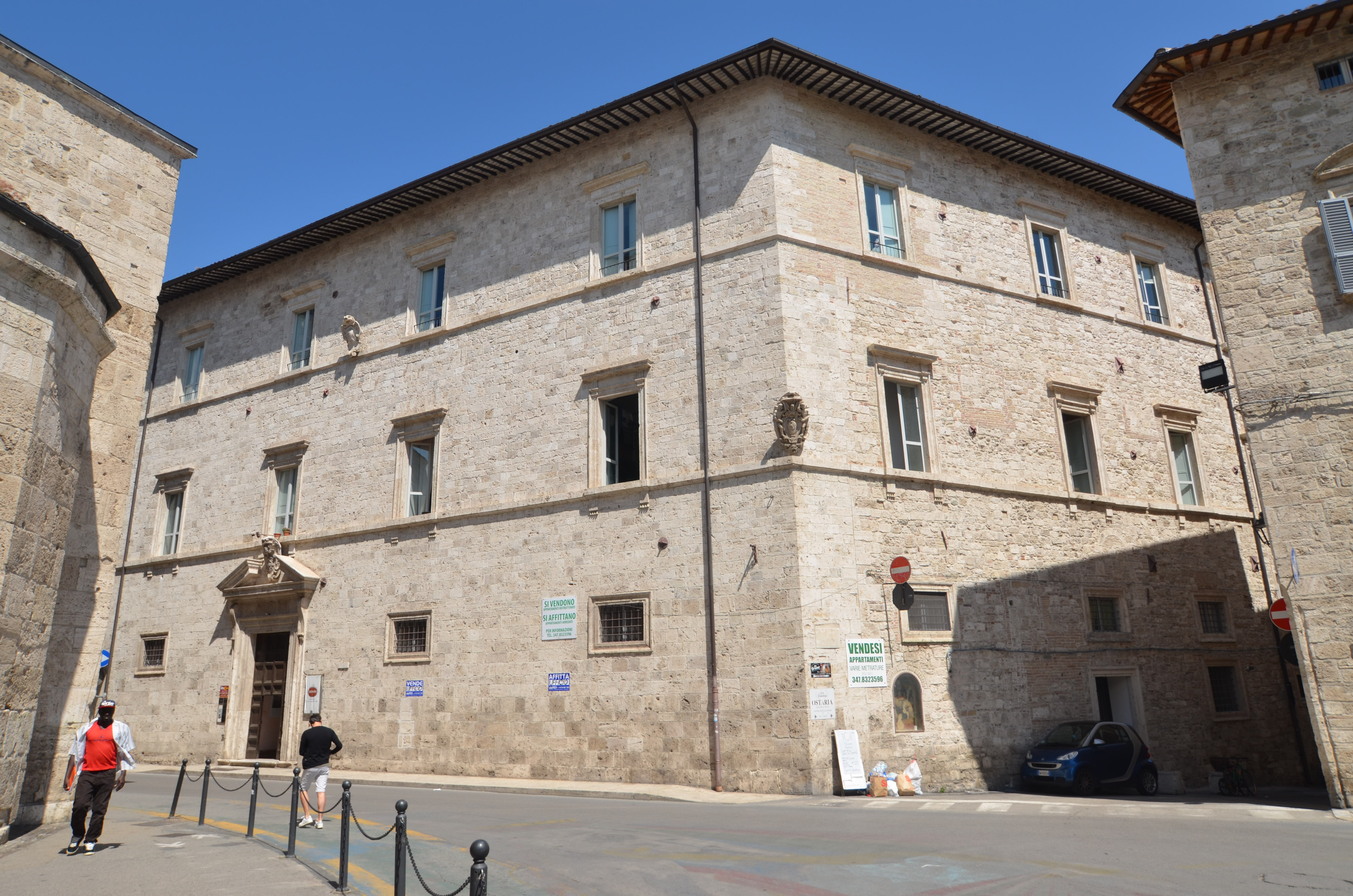 Ufficio / Studio in affitto a Ascoli Piceno, 9999 locali, zona Località: Centralissima(anticoIncasatoMedievale, prezzo € 600 | CambioCasa.it