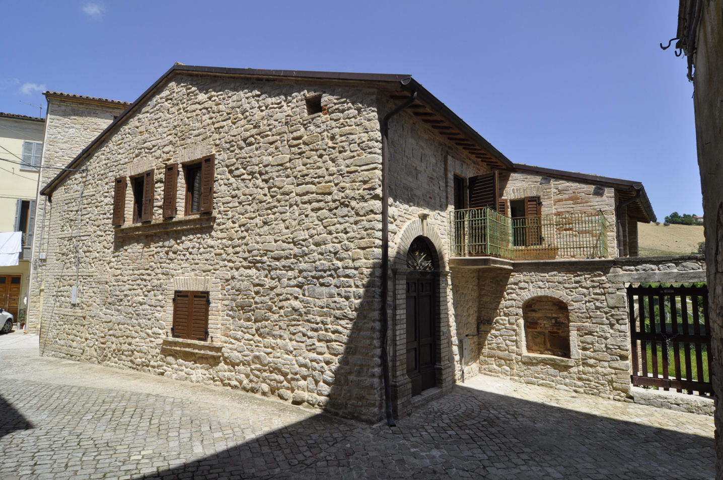 Casa indipendente in vendita a Rotella (AP)