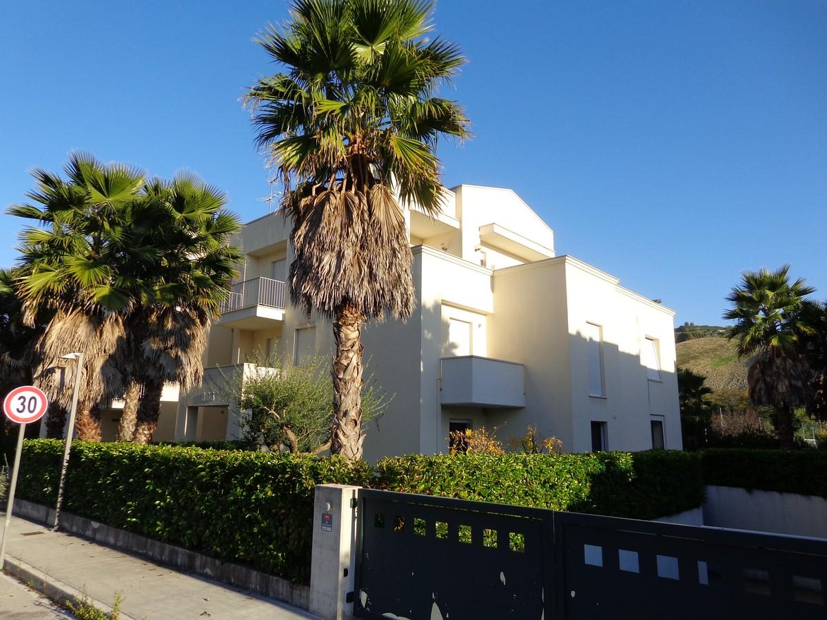 Appartamento in vendita a Ripatransone, 4 locali, zona Località: ValTesino, prezzo € 175.000 | CambioCasa.it