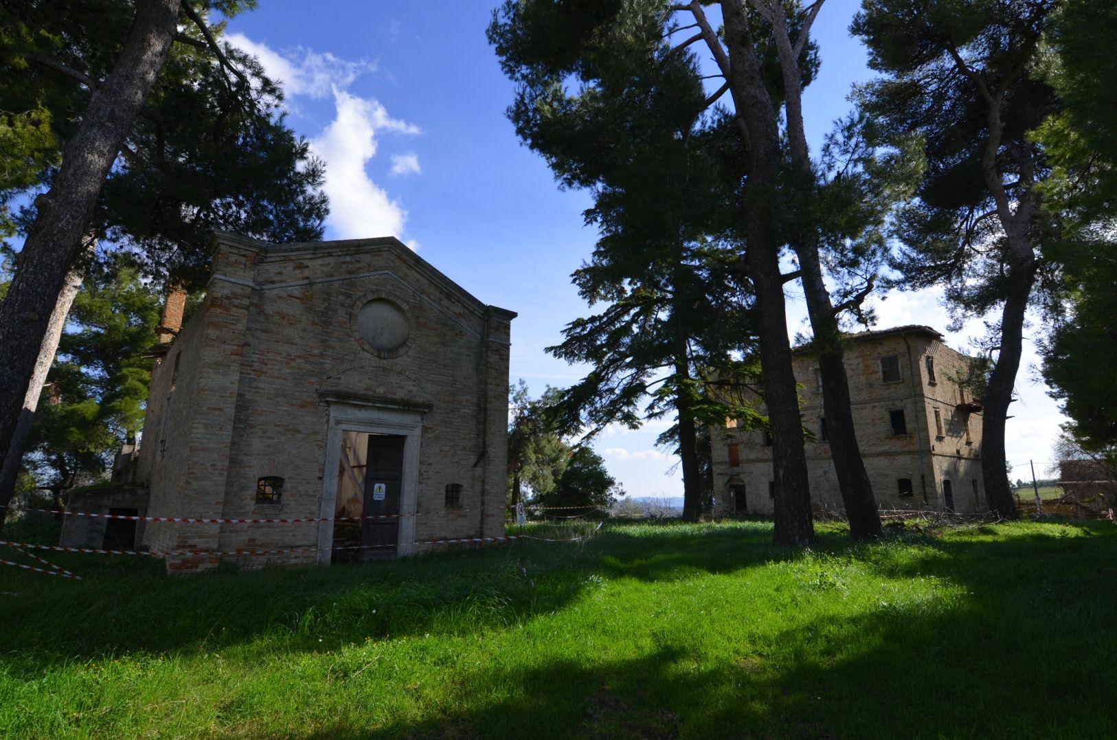 Rustico / Casale in vendita a Appignano del Tronto, 15 locali, zona Località: Collinare, prezzo € 339.000 | CambioCasa.it