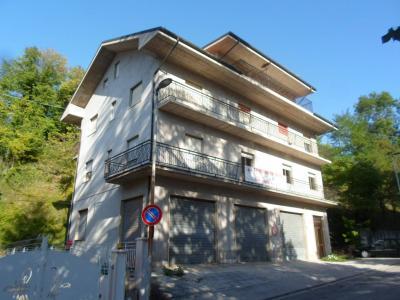 Stabile / Palazzo in Vendita a Comunanza