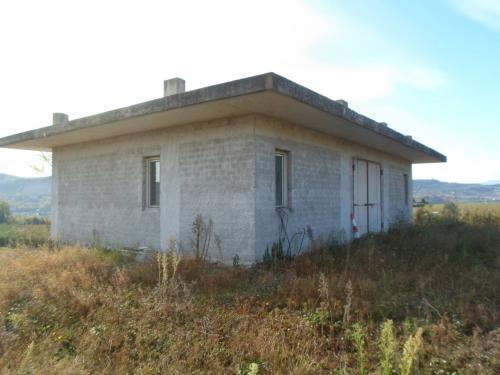 Stabile / Palazzo in Vendita a Monterubbiano