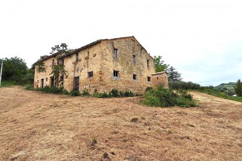 Casale Colonico in Vendita a Acquaviva Picena