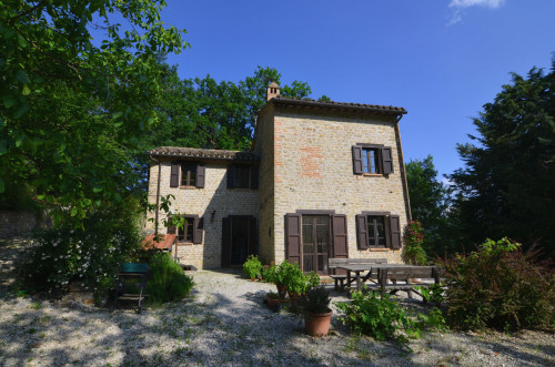 Country House for sale in Montefalcone Appennino