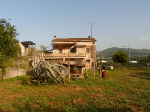 Casale Colonico in Vendita a Venarotta