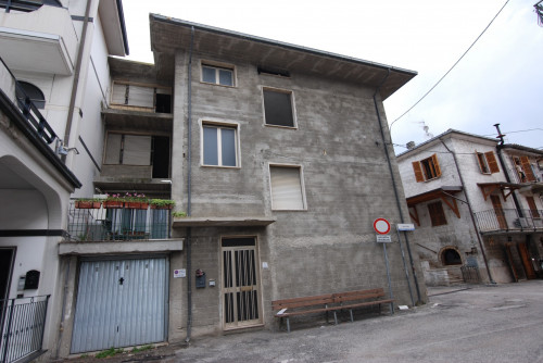 Garage / Autorimessa / Box in Vendita a Spinetoli
