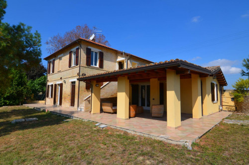 Country House for sale in Offida