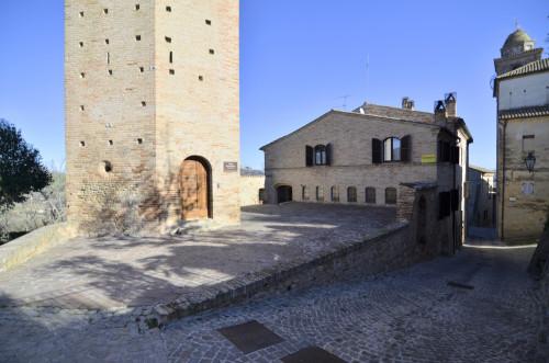 Casa in Vendita a Ortezzano