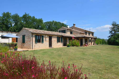 Country House for sale in Massa Fermana