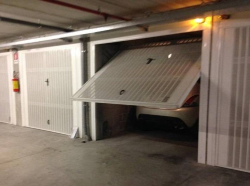 Garage / Autorimessa / Box in Vendita a Grottammare