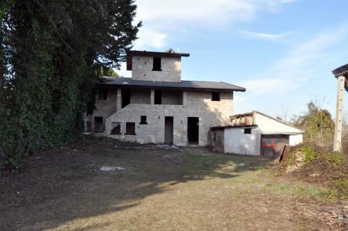Casale Colonico in Vendita a Castel di Lama
