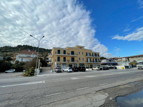 Ufficio / Studio Professionale in Vendita a Grottammare
