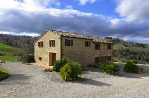 Country House for sale in Cupramontana