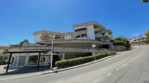 Locale Artigianale / Deposito in Vendita a Monteprandone