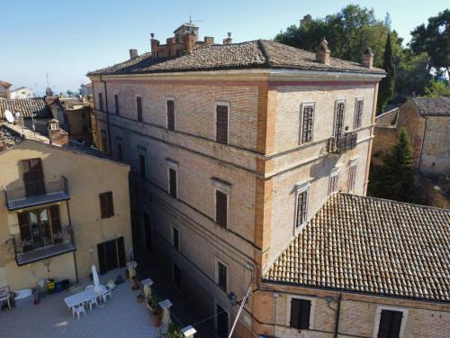 Stabile / Palazzo in Vendita a Ripatransone