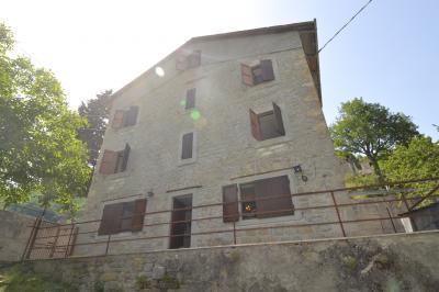 Casa in Vendita a Acquasanta Terme