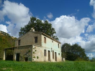 Country House for sale in Monterubbiano
