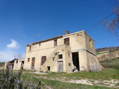 Country House for sale in Moresco