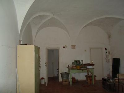Locale Artigianale / Deposito in Vendita a Ascoli Piceno