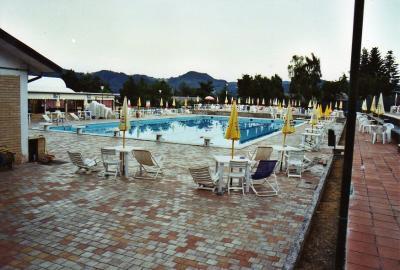 Albergo / Residence / Struttura Ricettiva in Vendita a Montefortino