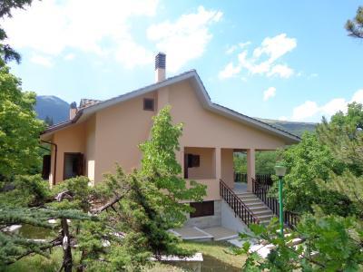 Casa in Vendita a Fiastra