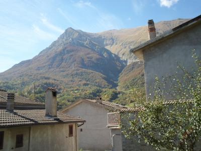 Appartamento in Vendita a Montegallo
