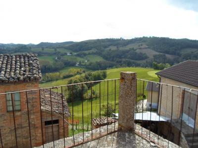 Casale Colonico in Vendita a Montefortino