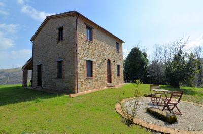Country House for Sale to San Ginesio