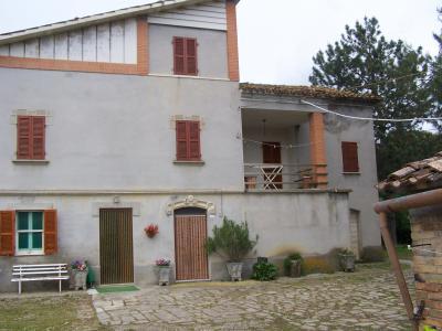 Casale Colonico in Vendita a Penna San Giovanni