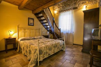 Casale Colonico in Vendita a Ascoli Piceno