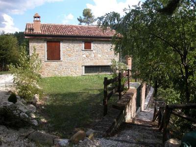 Casale Colonico in Vendita a Roccafluvione