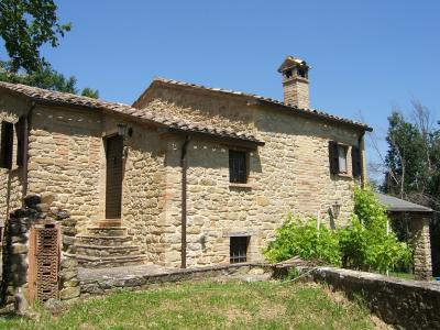 Country House for Sale to Penna San Giovanni