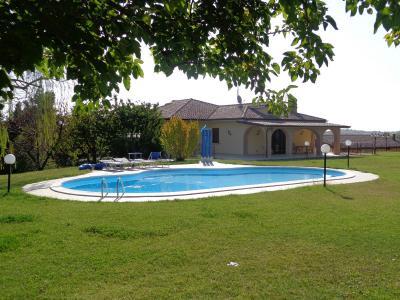 Villa in Vendita a Cossignano