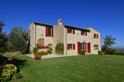Country House for sale in Rotella