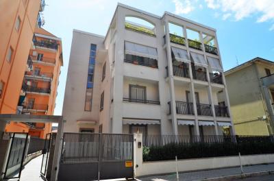 Garage / Autorimessa / Box in Affitto a San Benedetto del Tronto
