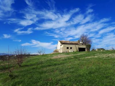 Casale Colonico in Vendita a Monteprandone