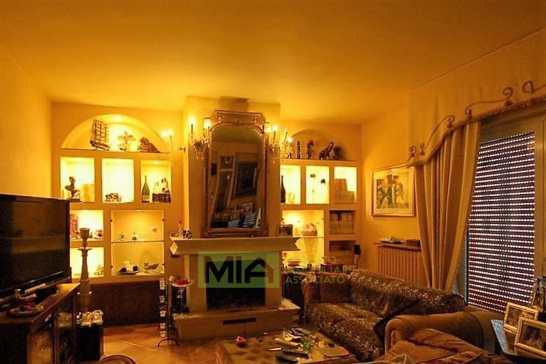 Appartamento in vendita a Porto San Giorgio, 6 locali, zona Località: Mare, prezzo € 650.000 | PortaleAgenzieImmobiliari.it
