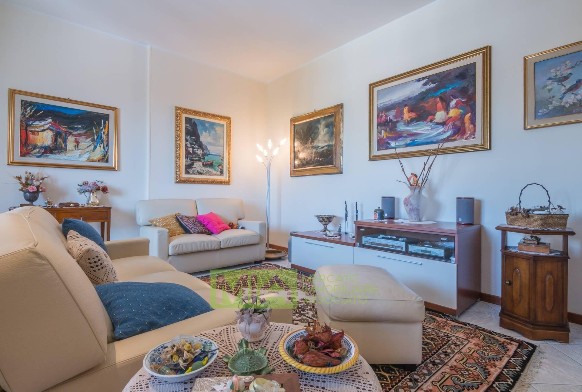 Appartamento, 157 Mq, Vendita - Macerata (Macerata)