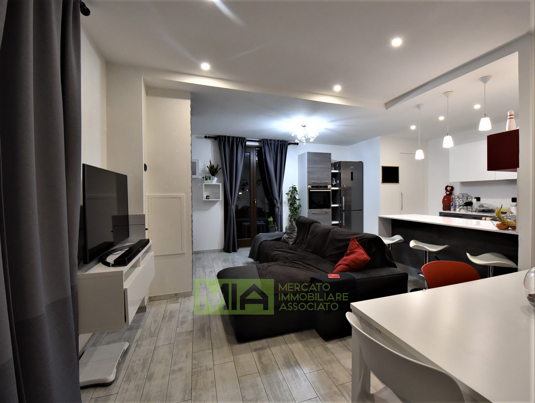 Appartamento in vendita a Amandola, 6 locali, zona Località: Centro, prezzo € 215.000   PortaleAgenzieImmobiliari.it