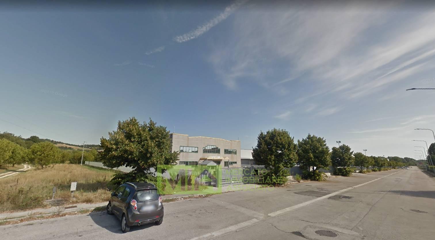 Ufficio / Studio in vendita a Fermo, 9999 locali, prezzo € 459.700 | CambioCasa.it