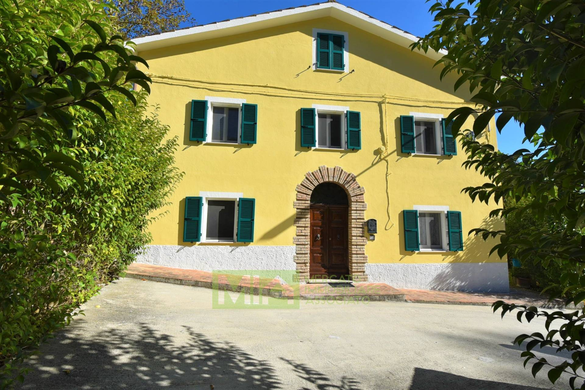 Casa indipendente in vendita a San Ginesio (MC)