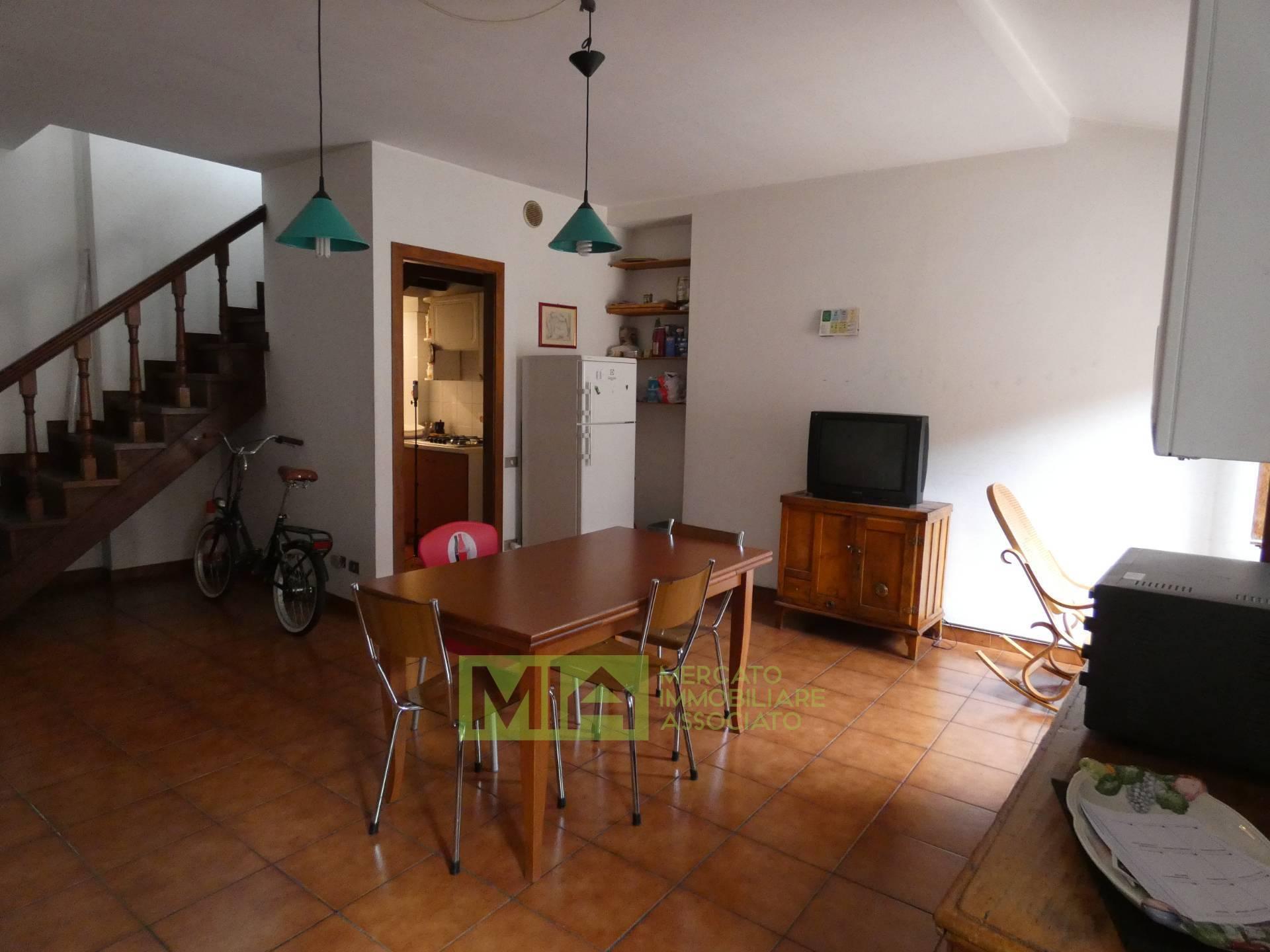 Appartamento, 135 Mq, Vendita - Macerata (Macerata)